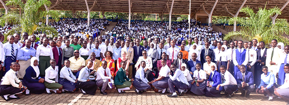 First lady urges young people to lead a healthy, moral and ethical life