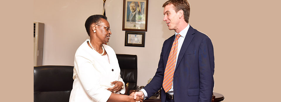 First Lady bids farewell to Ed Barnet of DFID-UK